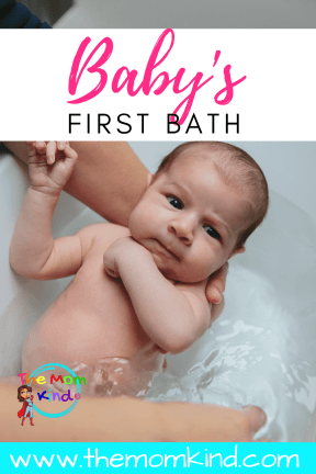 Are you wondering how to give a baby a bath for the first time? Check out these expert tips to bathe your newborn for the first time #newborn #baby #babybath #newmom