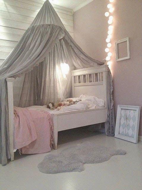 Meisjeskamer inspiratie plus de eerste aankoopjes the mommy diaries - Lichtgrijze kamer ...