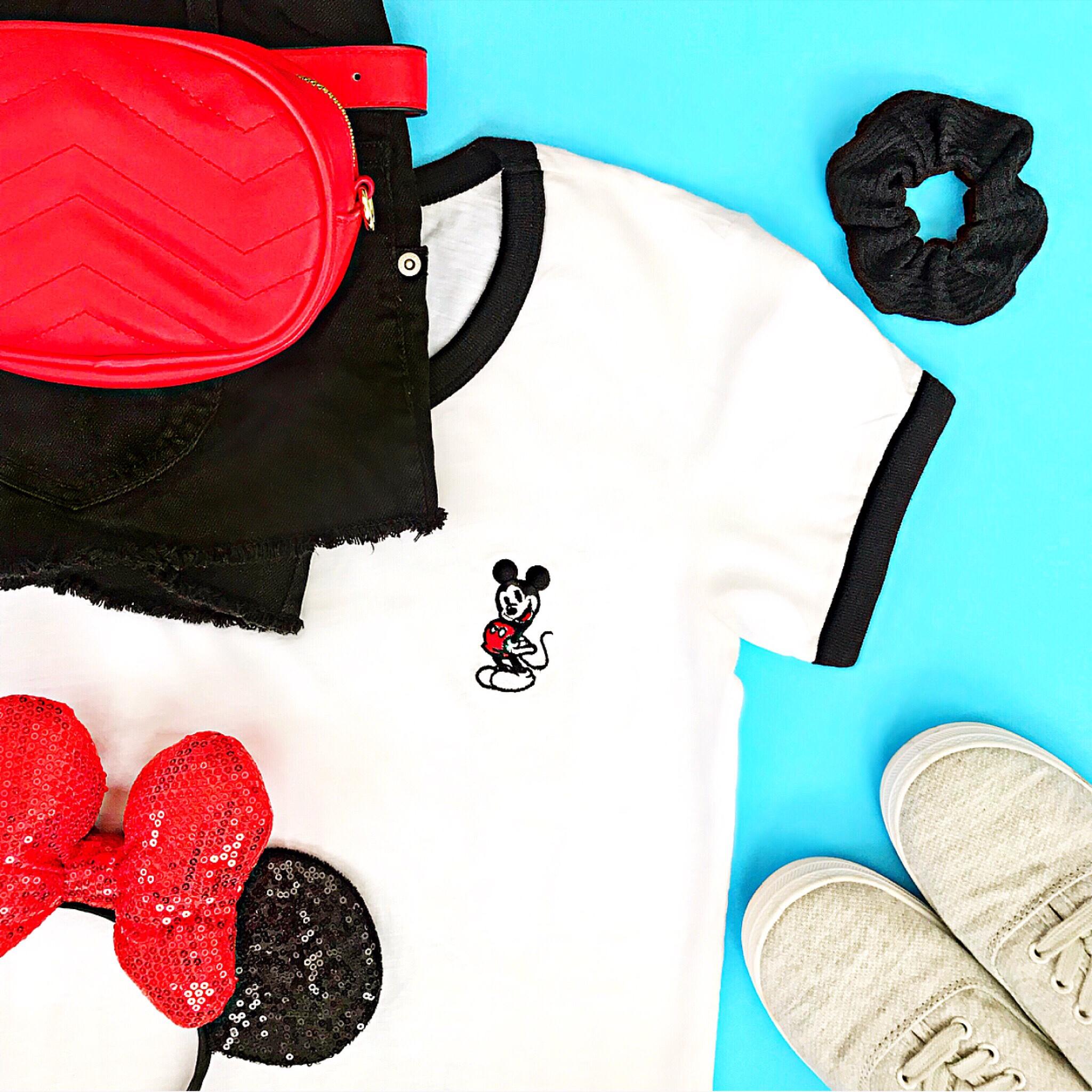 Casual Mickey Gear