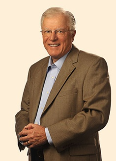 Dr. Erwin Lutzer board member of The Moody Center at Northfield