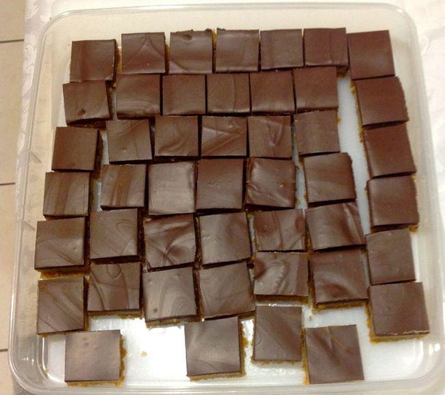 Finished chocolate caramel slice