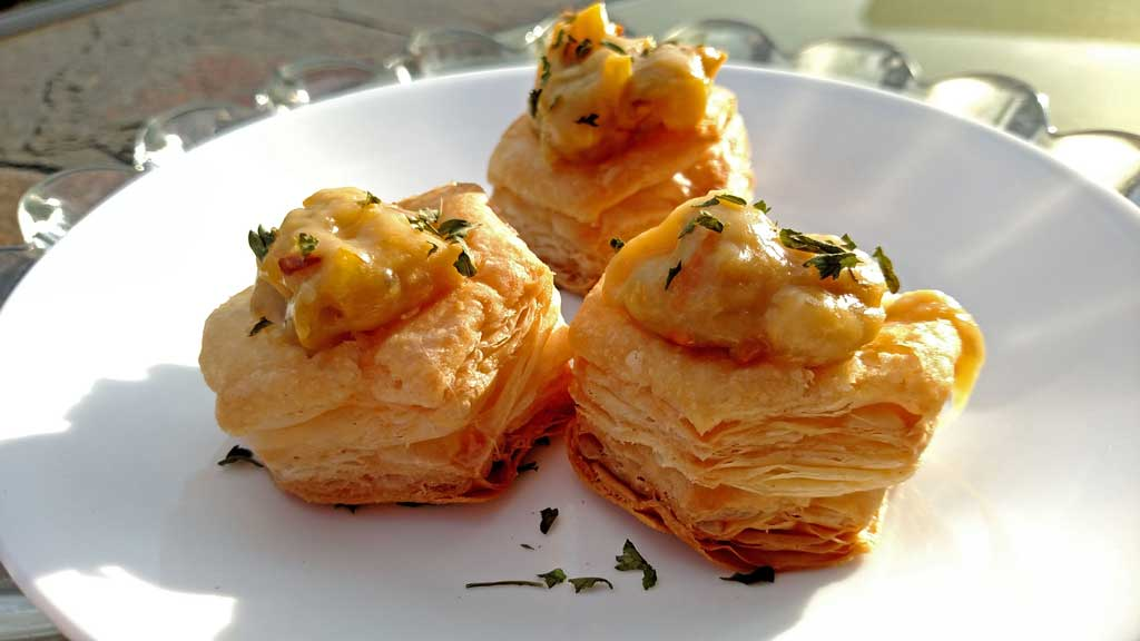 Squash Goat Cheese Tartlets: Bite-size pastry cups filled with squash and goat cheese. Perfect for an appetizer or Meatless Monday. | TheMountainKitchen.com