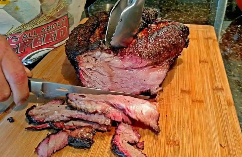 slicing the meat