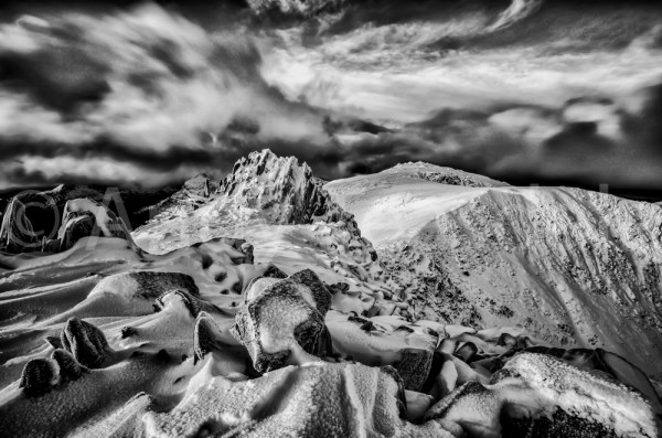 Castell y Gwynt black and white