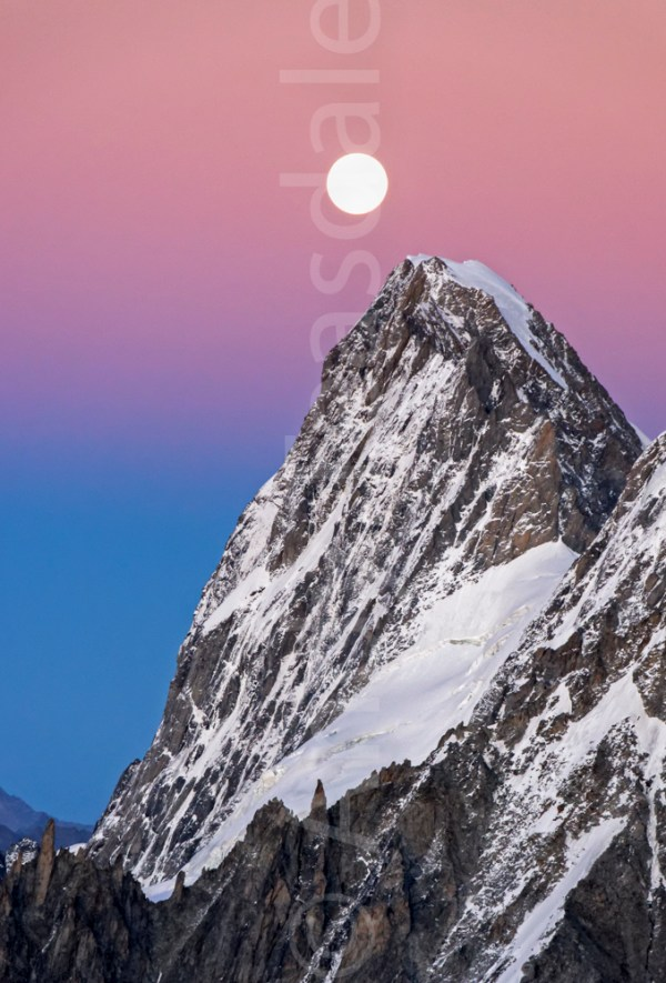 The Grandes Jorasses at dusk