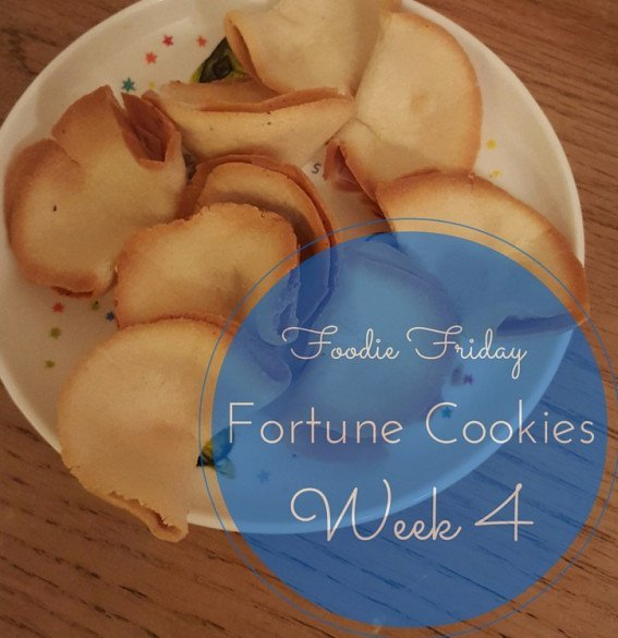 Super Simple Fortune Cookies by Dais Like These - Fab Foodie Feature for YumTum week 4
