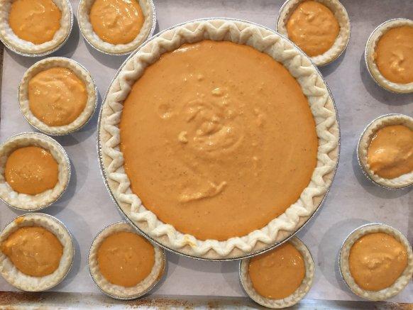 Pumpkin Pie - 5 fun ideas for pumpkins this fall