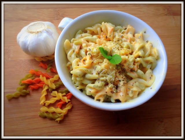 Garlicky creamy pasta
