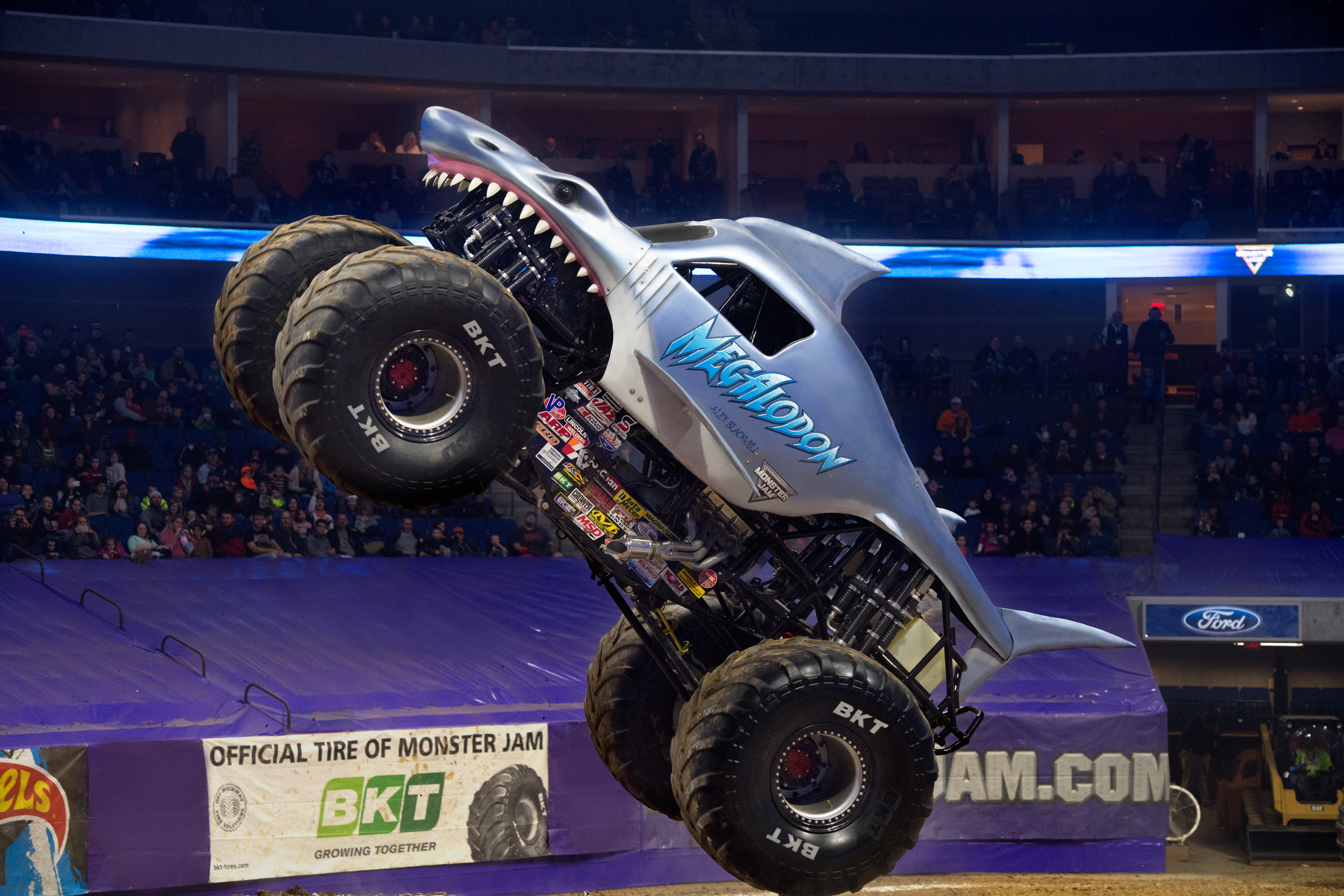 {Tickets Giveaway: 8 reasons not to miss Monster Jam }
