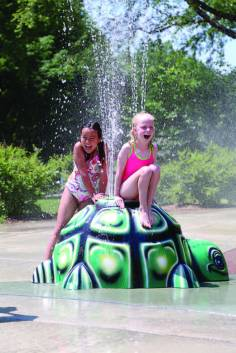 Water conservation measures, community involvement and universal access were all considerations that went into the construction of the largest splash pad in Wisconsin, at Lakeview Park in Middleton. (Photo courtesy Middleton Tourism Commission)