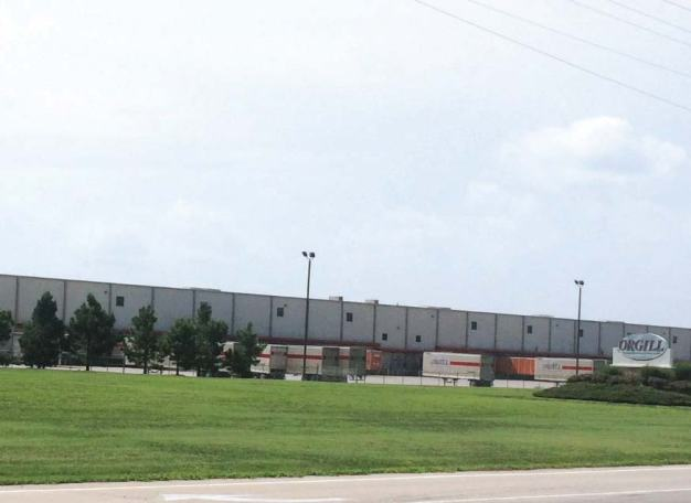 With a desire to serve 10–12 states from its new location, Orgill picked Sikeston for its 75,000-square-foot facility, largely swayed by the city's well-maintained roadways. (Photo provided)