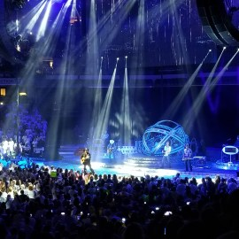 Concert Review: Garth Brooks