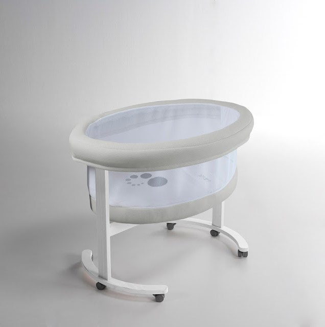 Baby Bassinet - Modern Nursery