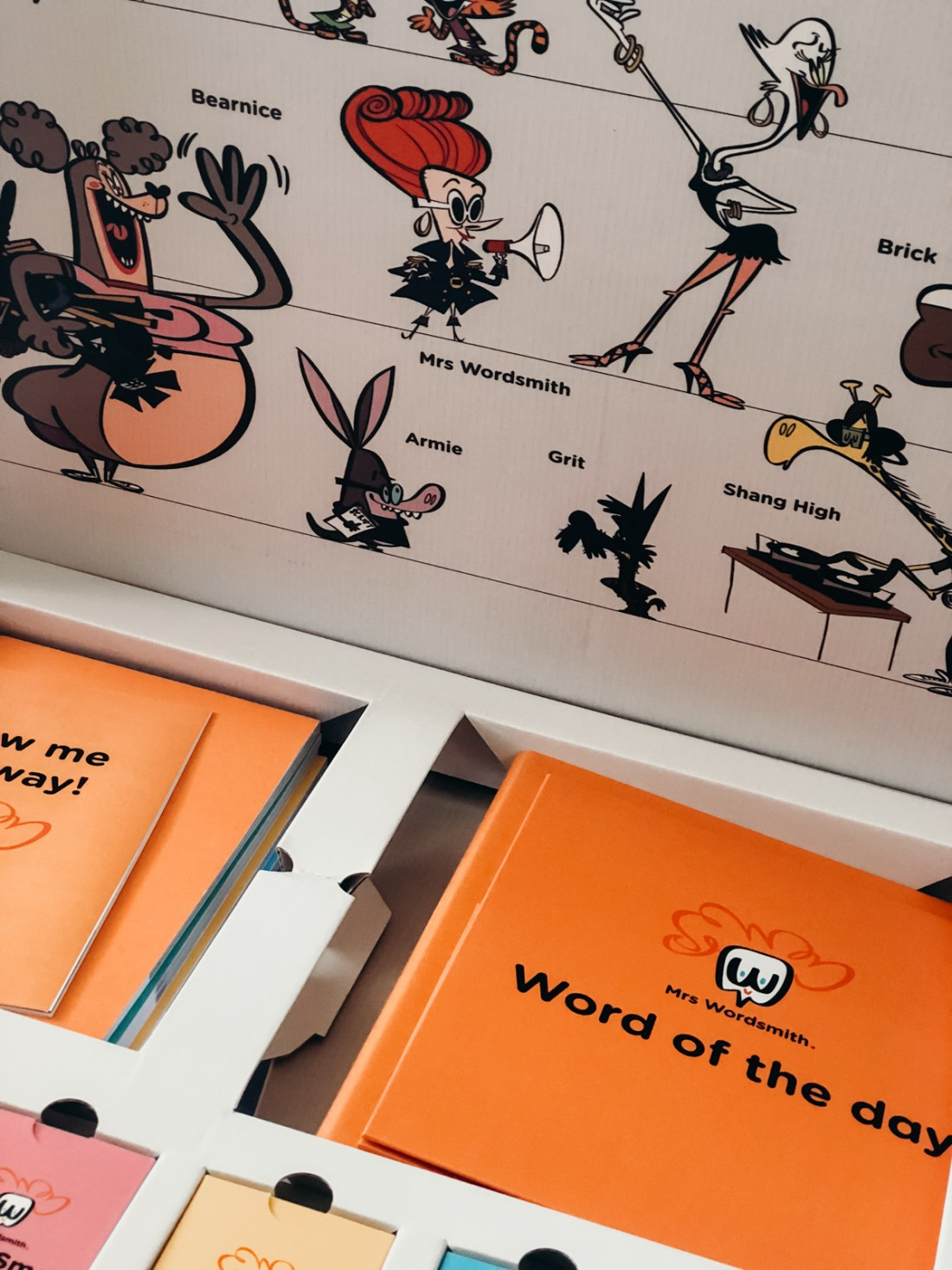 Vocabulary Lesson for Kids ages 6-13 (Mrs. Wordsmith)