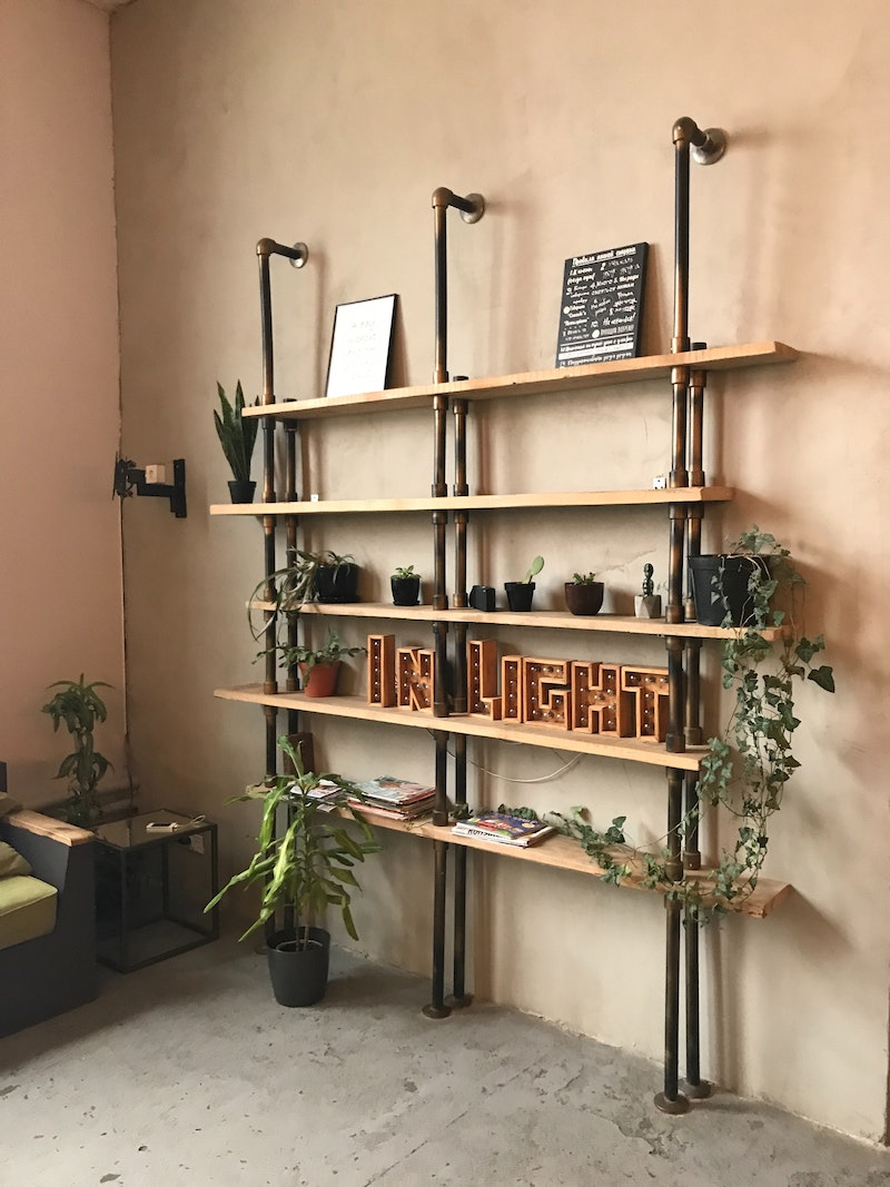 Wall shelf styling