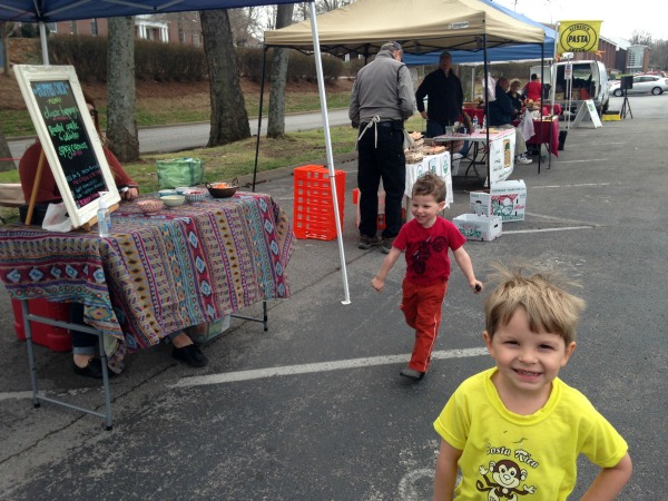 Growing Little Chefs:  6 Tips for Family Farmers Market Trips