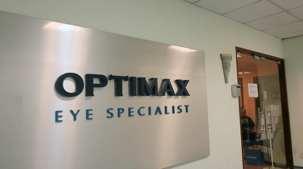 Snippets from my vlog : Arriving at OPTIMAX TTDI