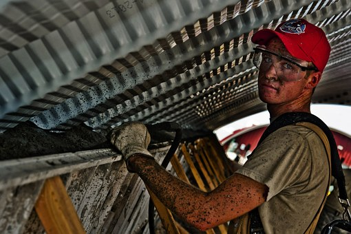 choosing contractor
