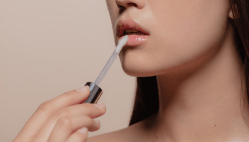 The Best Natural and Organic Lip Glosses