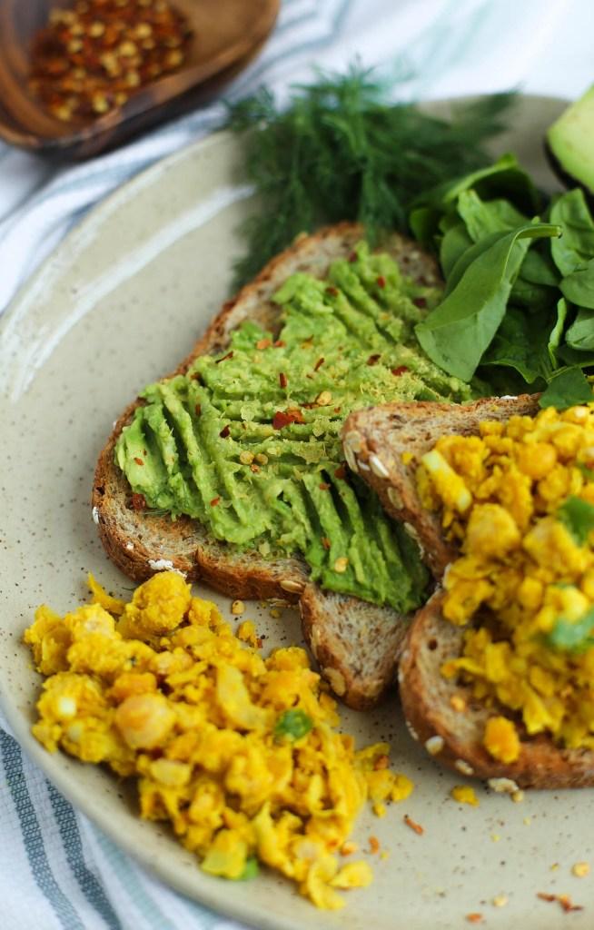chickpea, scramble, breakfast, healthy recipes, vegan, gluten-free, dairy-free, turmeric, miso