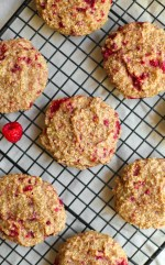 OATMEAL RASPBERRY BREAKFAST COOKIES