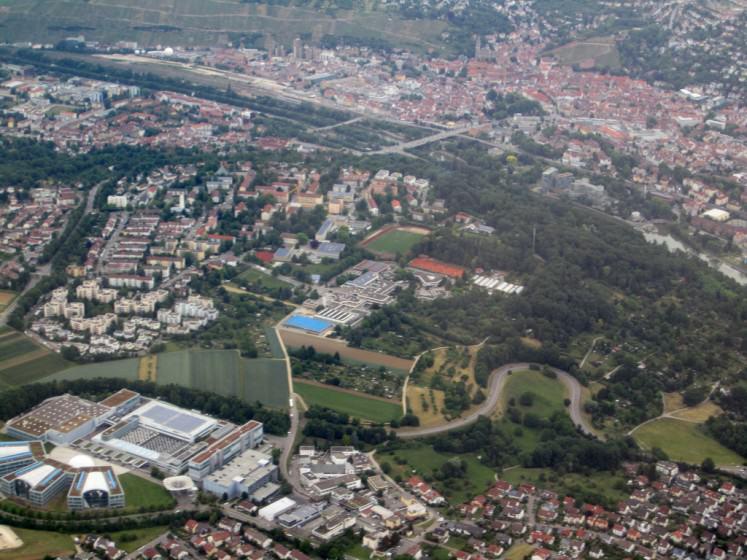 7) Green corridors through a city. Credit La Citta Vita