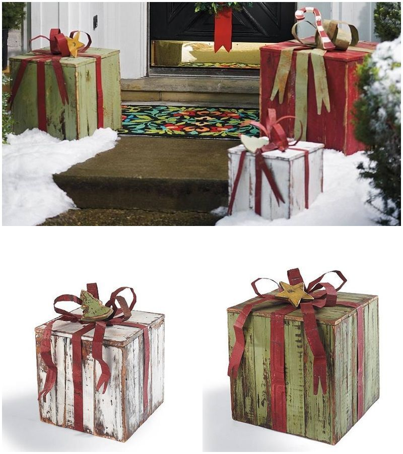 Diy Christmas decoration | Upcycled holiday decoration | Pallet wood DIY | Knock off DIY decor | Cheap & easy crafts | Simple woodworking | #upcycled #diy #Christmas #crafts and #woodworking | TheNavagePatch.com