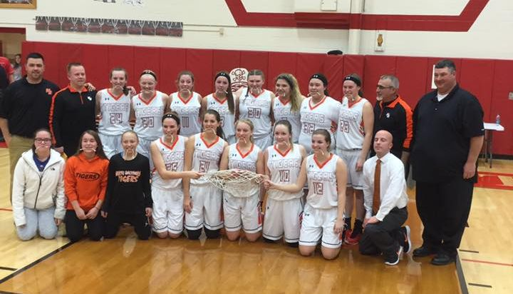 Lady Tigers Win Basketball Sectional Final
