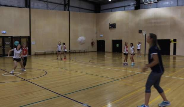 Quick reaction transition netball