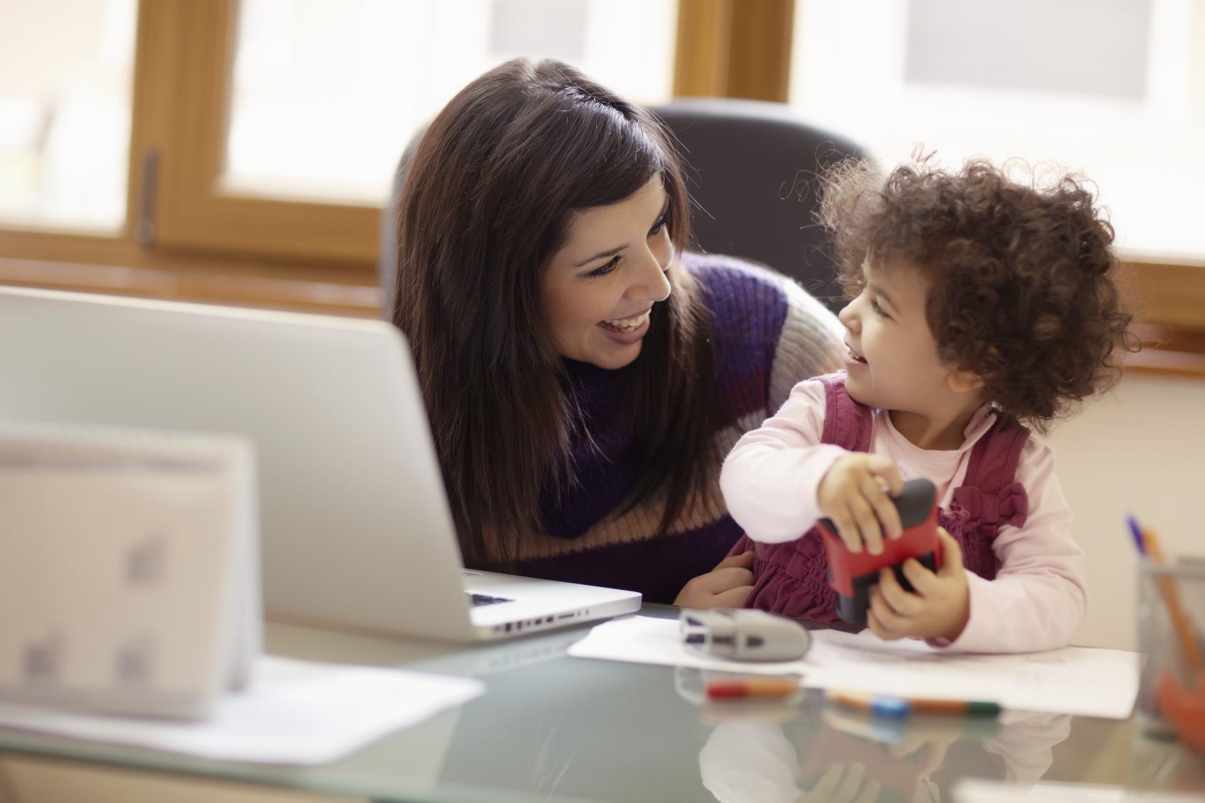 Latina Mom Blogger