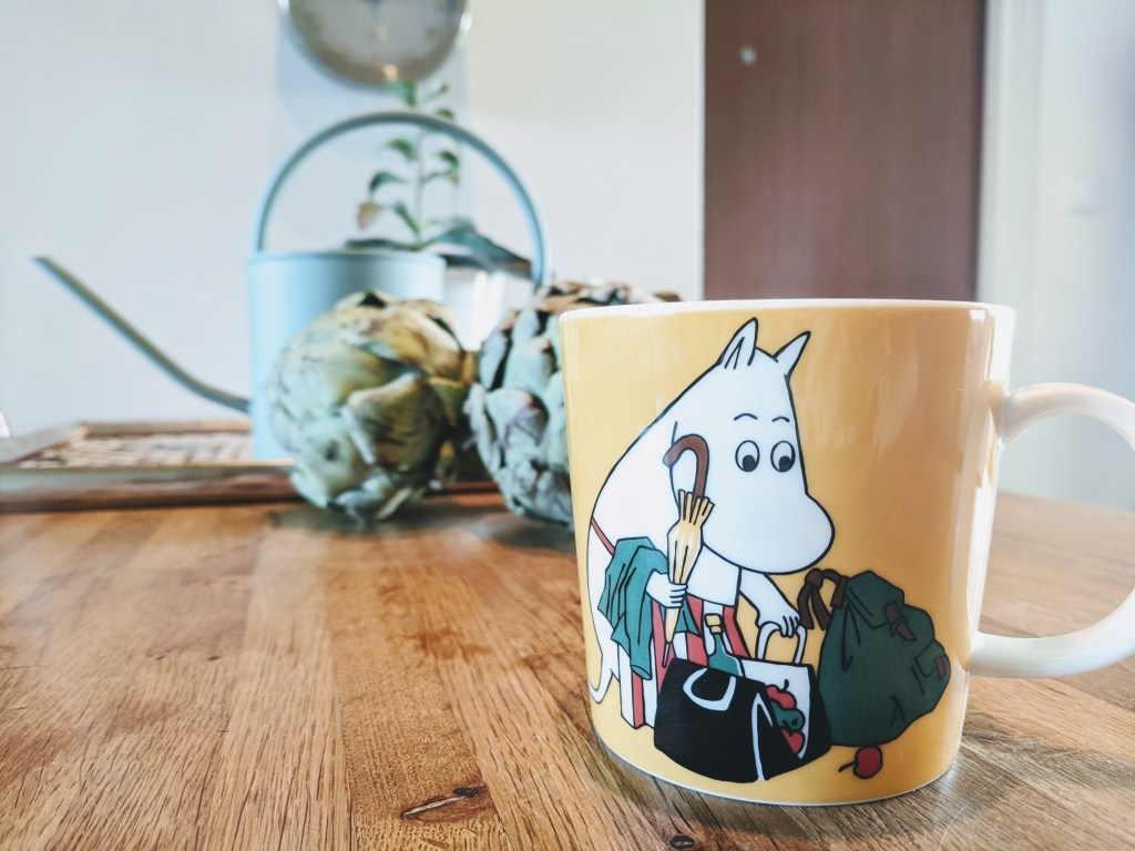 Moomin cup with Moominmamma packing