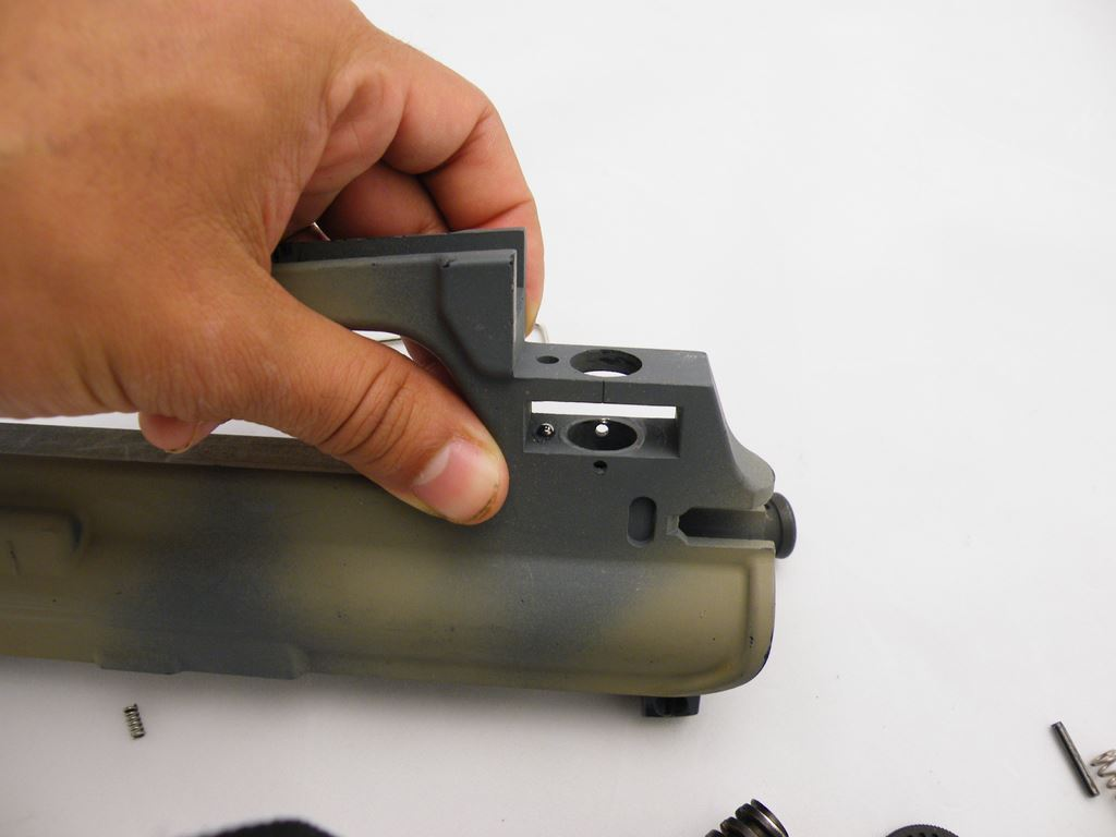 AR15 Rear Sight Installation (5)