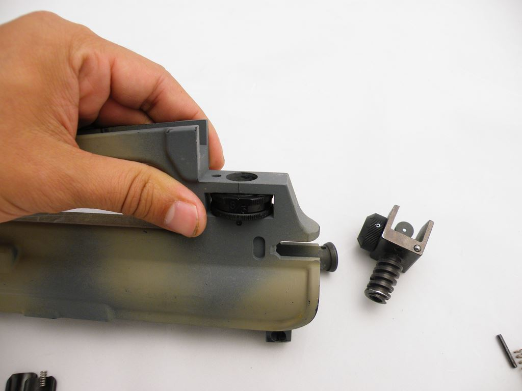 AR15 Rear Sight Installation (9)