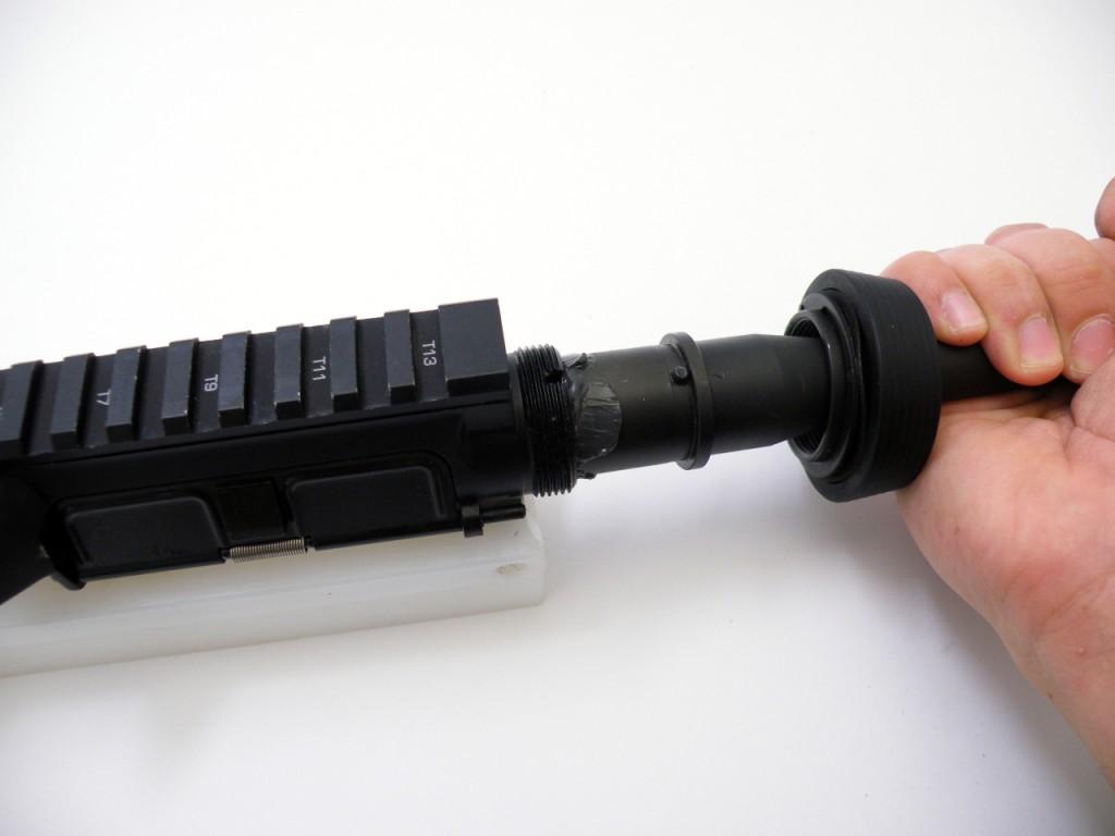 AR15 install barrel (2)