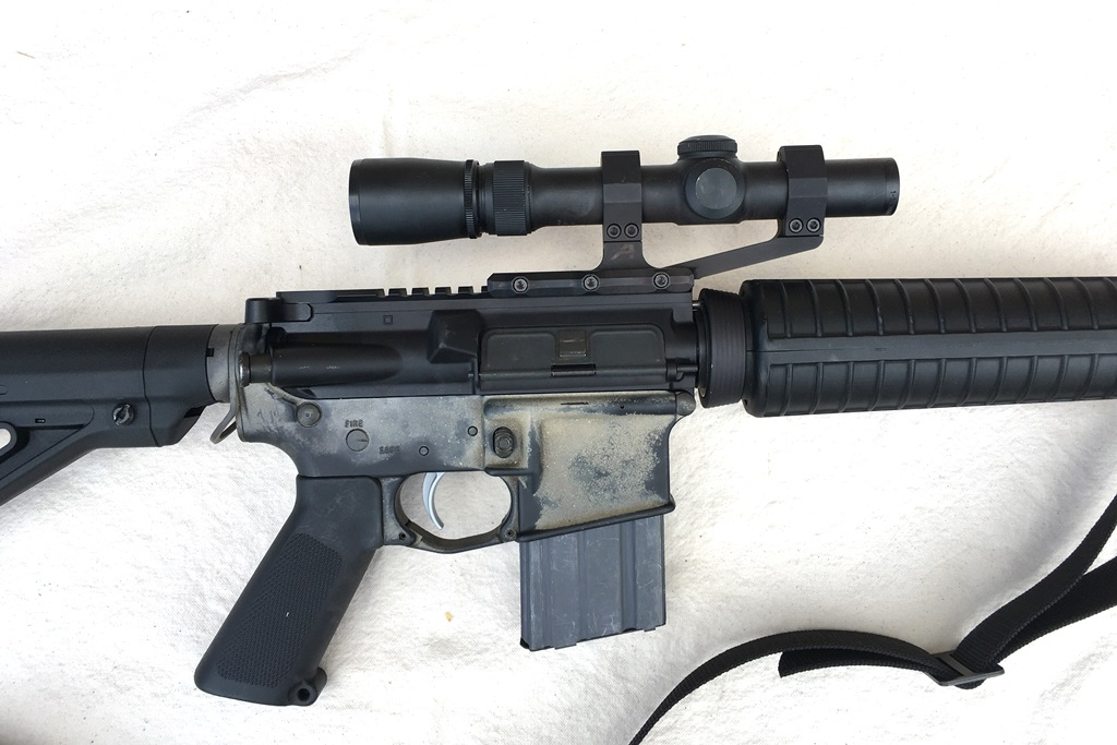 A simple and lightweight scope with a simple and lightweight mount. The Weaver 1-3x20 and Aero mount
