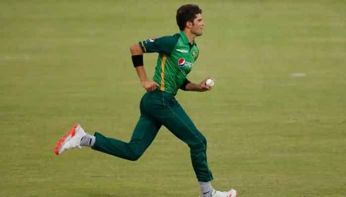 816957 6657765 Shaheen AFridi bowling updates