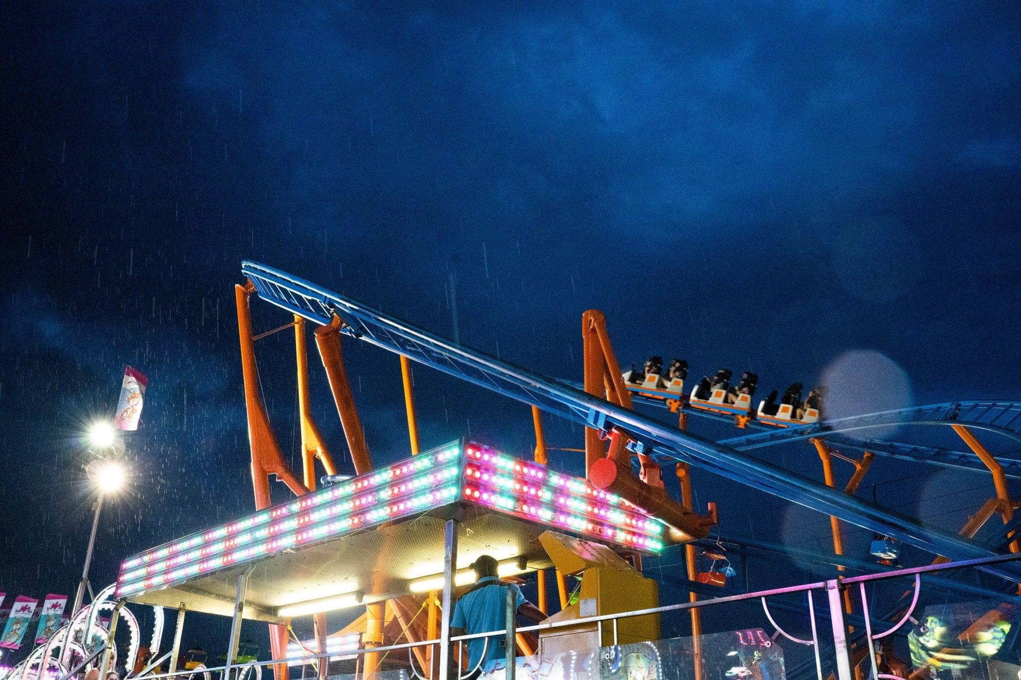 Scenes from the New York State Fair: Midway in rain