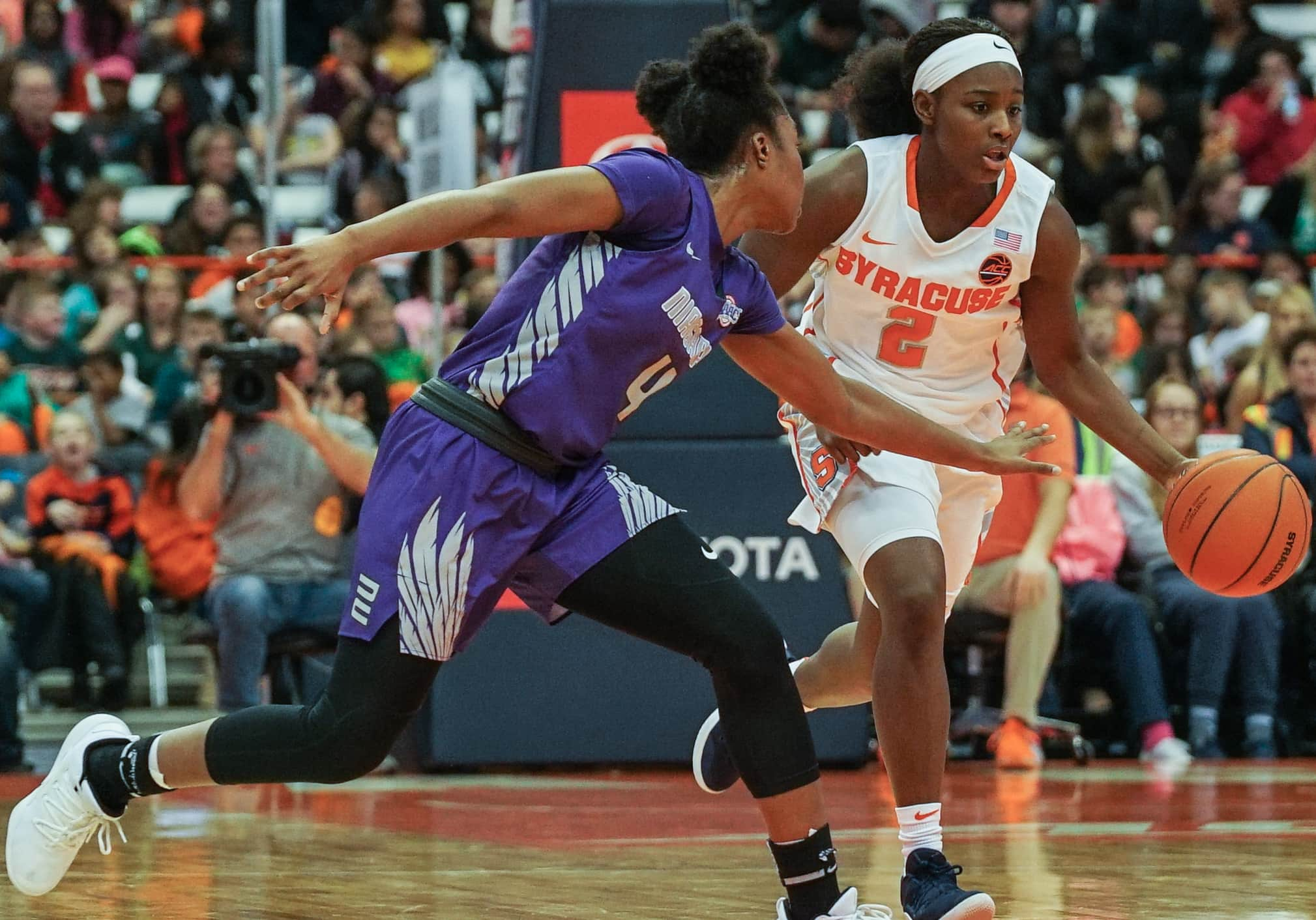 Drummond Scores Game High 19 Points In Orange Victory Over Niagara