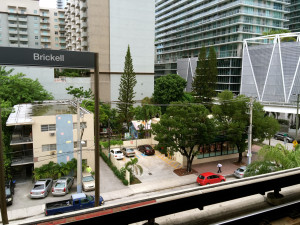 Contrast between the house and the rest of Brickell. (Courtesy of Maria de los Angeles)