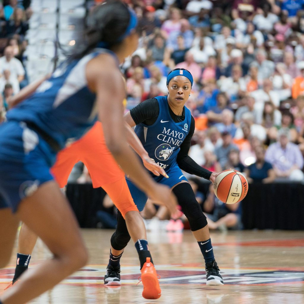 How does Odyssey Sims fit on the Lynx's 2020 roster?