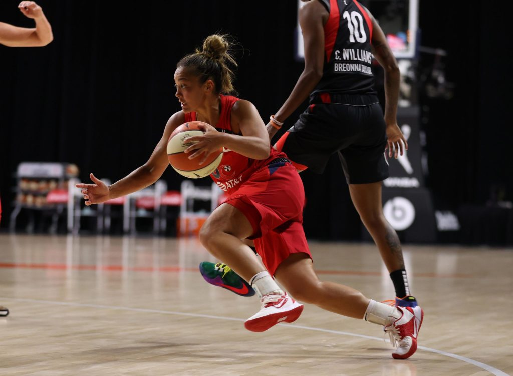 Leilani Mitchell's 'sensational' performance snaps Mystics' losing streak