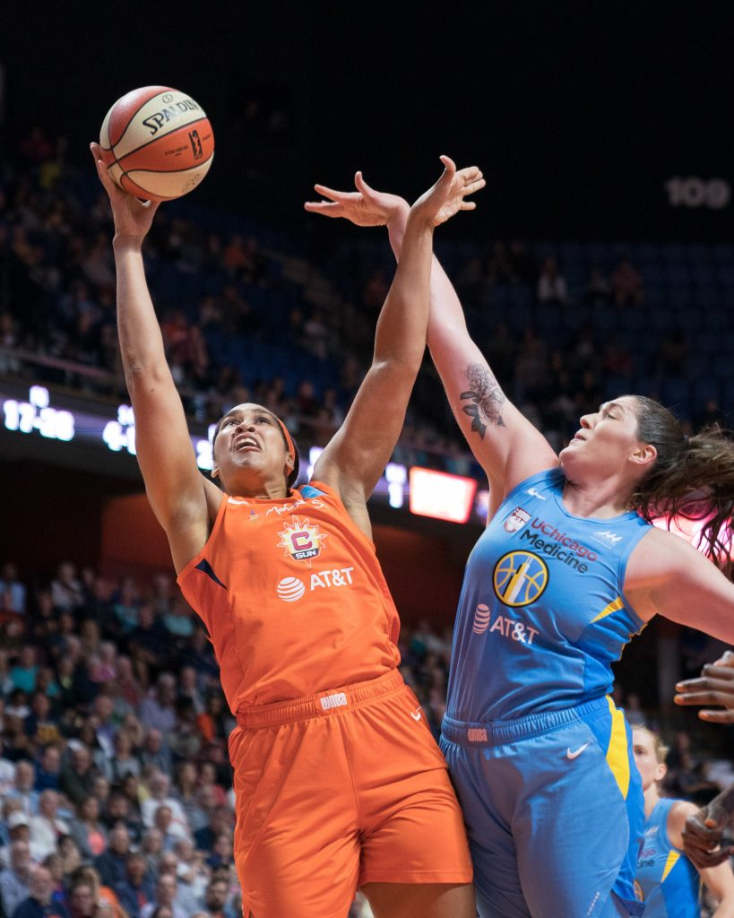 Brionna Jones signs multi-year contract to bring her back to Connecticut Sun