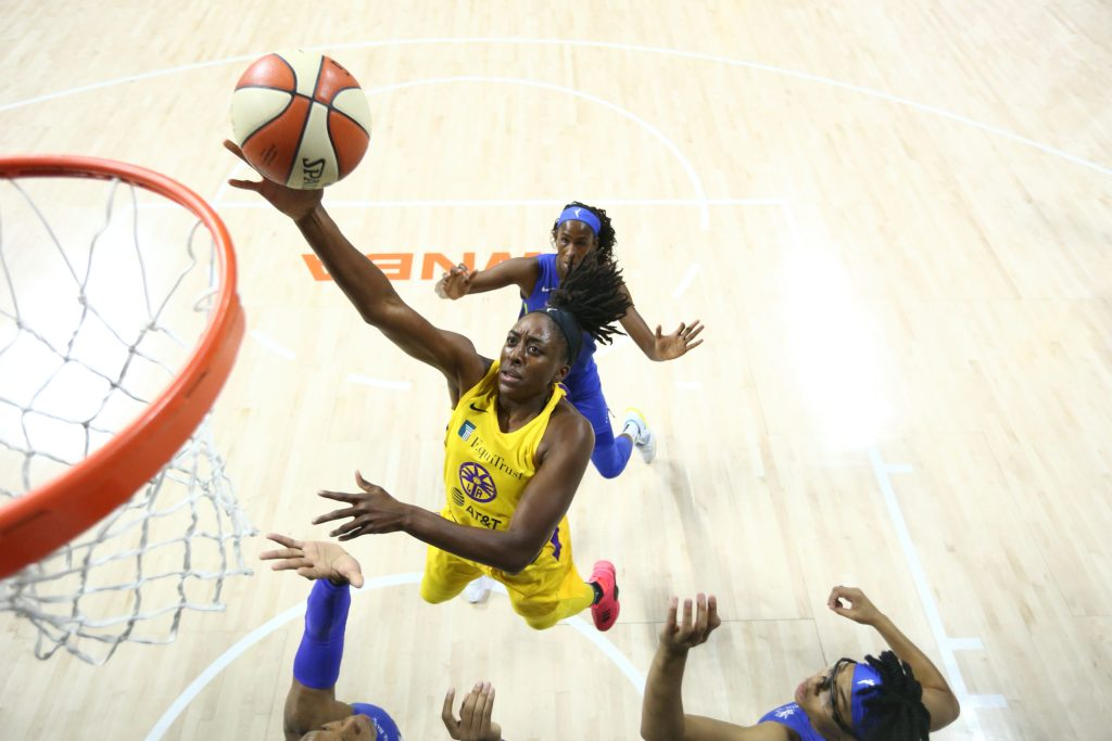 'I don't think leading is a heavy burden': Nneka Ogwumike returns to Sparks