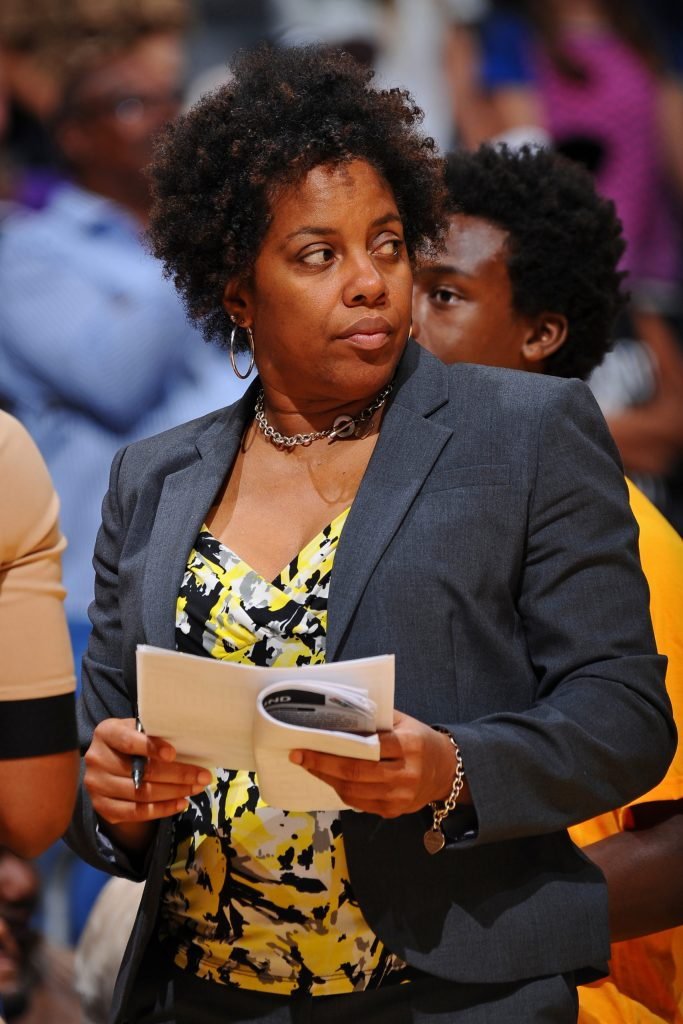 What WNBA All-Star Tonya Edwards adds to the Chicago Sky coaching staff