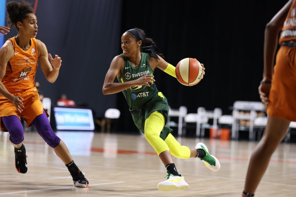 Seattle Storm's stable of point guards pay it forward