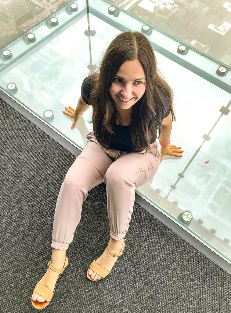 woman at skydeck ledge