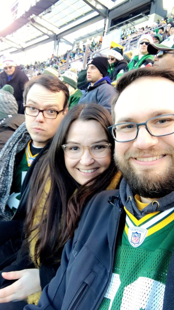 friends at green bay packers game at metlife stadium