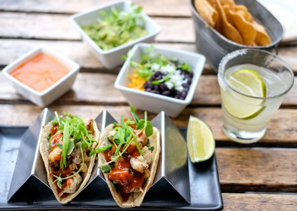 best-mexican-restaurants-nyc-anejo-table