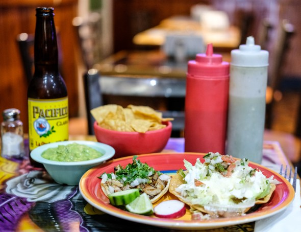 best-mexican-restaurants-nyc-athens-grill-table