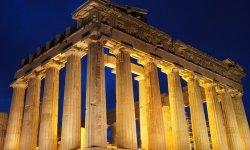 The Parthenon - vegan travel in Greece